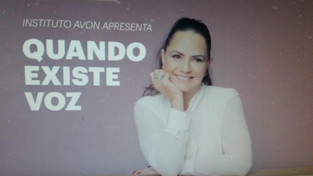 """Campanha """"Quando Existe Voz"""", com Luiza Brunet, Bel Santos e as cantoras Carol e Vitória."""
